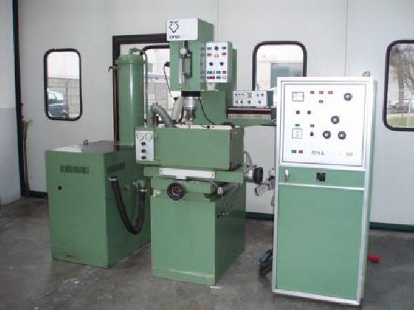 second-hand-die-sinking-edm-machine-ona-b-180-pe31743_2